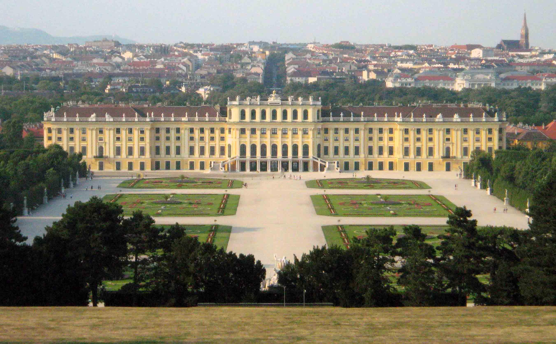http://users.ece.gatech.edu/rincon-mora/arte/austria/aus_wien_schonbrunn128b.jpg